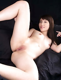 Asian mom with restless vagina