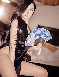 Chinese hottie picked up and pulverized