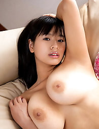 Ravishing oriental m-i-l-f-s are getting nude on pix